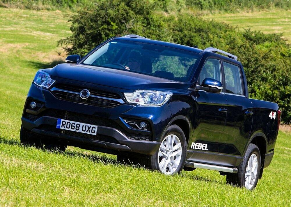 Chi tiết xe bán tải SsangYong Musso giá rẻ vừa ra mắt - Hình 4