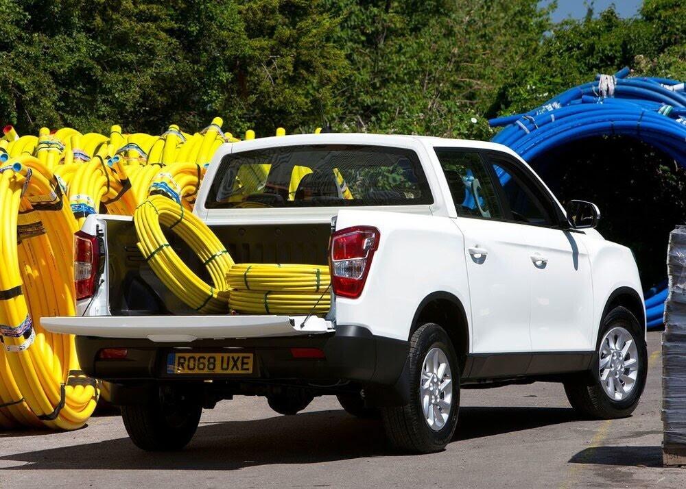 Chi tiết xe bán tải SsangYong Musso giá rẻ vừa ra mắt - Hình 5