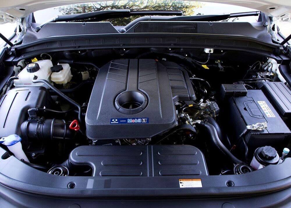 Chi tiết xe bán tải SsangYong Musso giá rẻ vừa ra mắt - Hình 9
