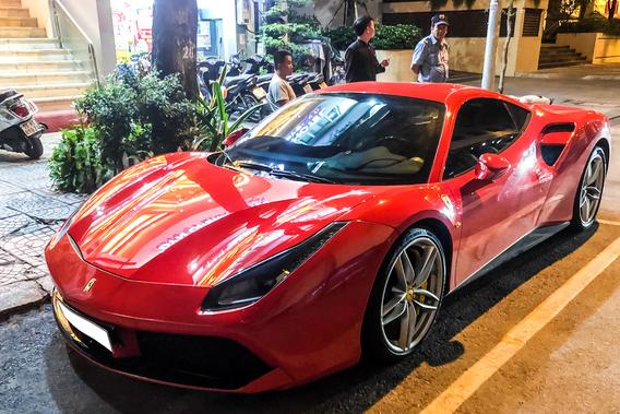 Chia tay ông Đặng Lê Nguyên Vũ, Ferrari 488 GTB màu đỏ tìm được chủ nhân mới tại Sài Gòn - Ảnh 5.