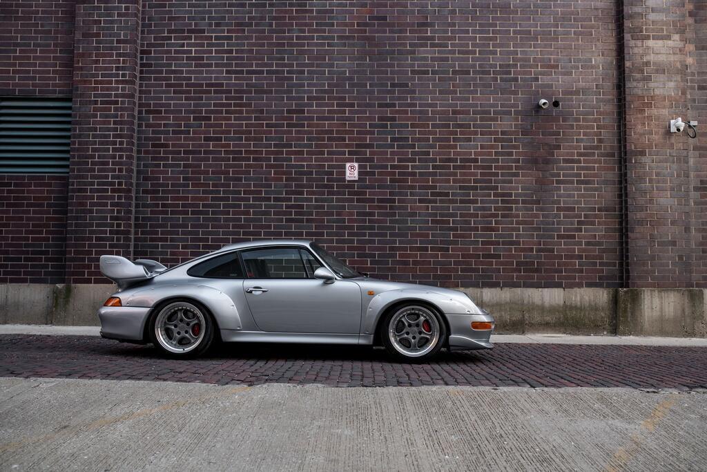 Chiec Porsche 993 GT2 hang hiem co gia trieu USD hinh anh 3 Porsche_911_GT2_3.jpg