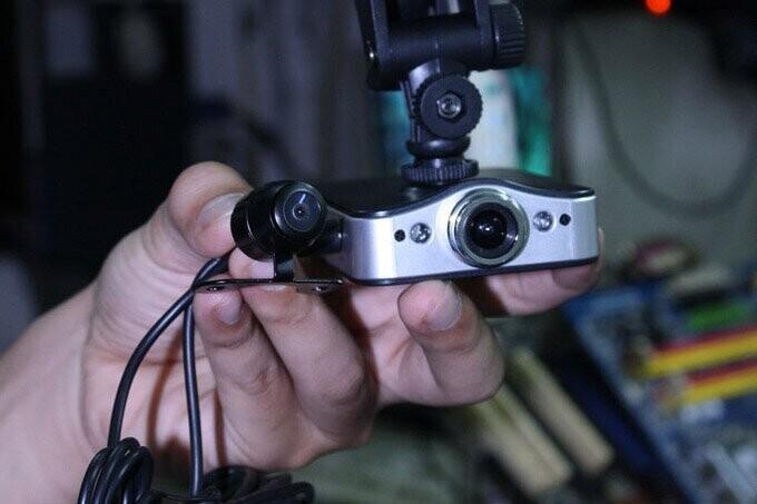 Có nên lắp camera hành trình cho ô tô? a8