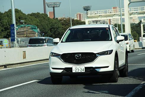 Cuộc chiến SUV giá một tỷ tại Việt Nam - xe Nhật áp đảo - Hình 2