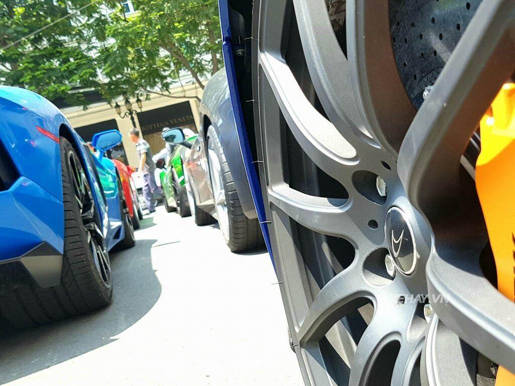Cường Đô La và người đẹp Đàm Thu Trang tụ họp cùng dàn siêu xe Sài thành - Hình 18