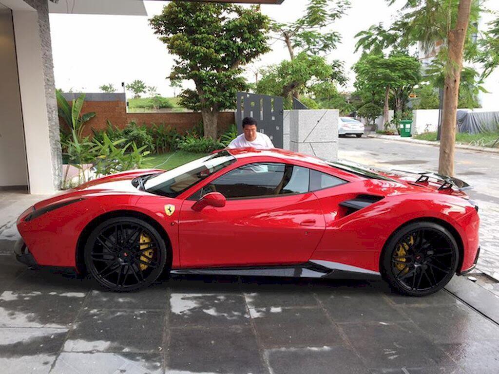 Đà Nẵng: Ferrari 488 GTB và Lamborghini Huracan LP610-4 biển - Hình 3