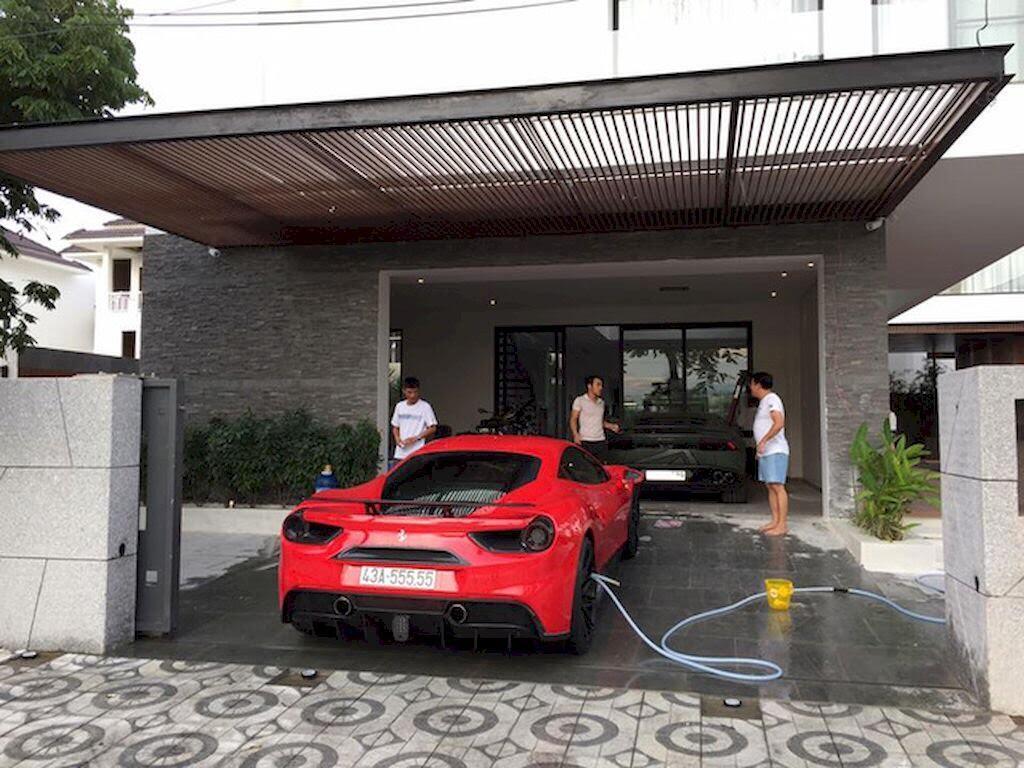 Đà Nẵng: Ferrari 488 GTB và Lamborghini Huracan LP610-4 biển - Hình 4