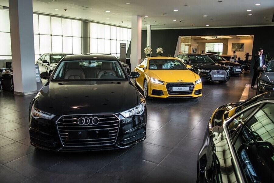 Khu vực trưng bày xe Audi