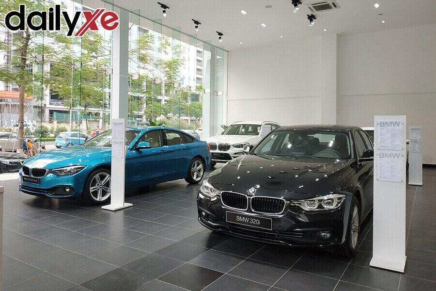 Khu vực trưng bày sản phẩm BMW - Hình 3