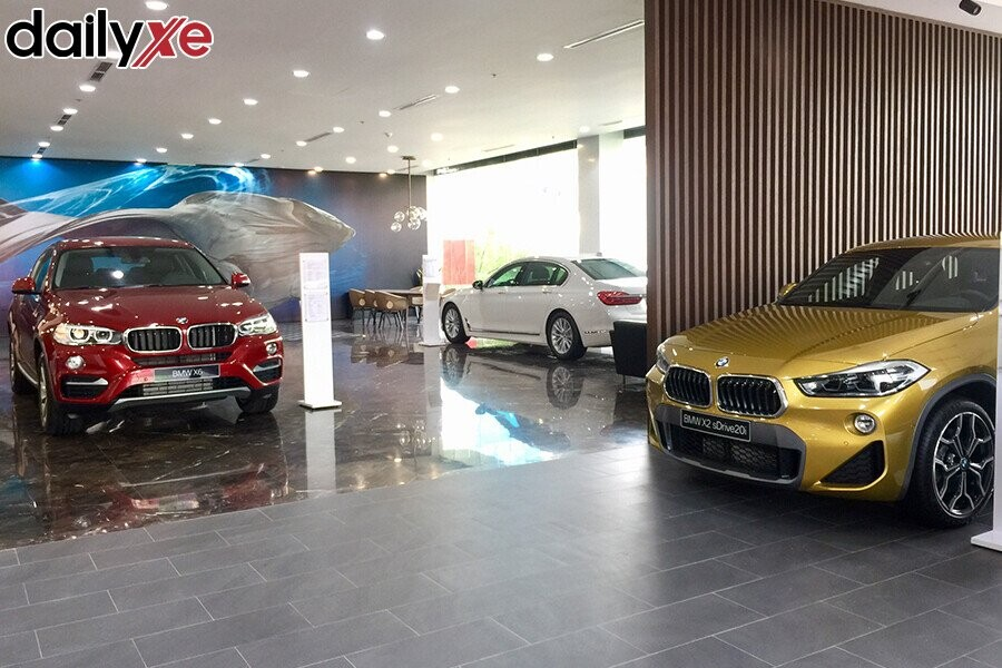Khu vực trưng bày xe - Hình 3