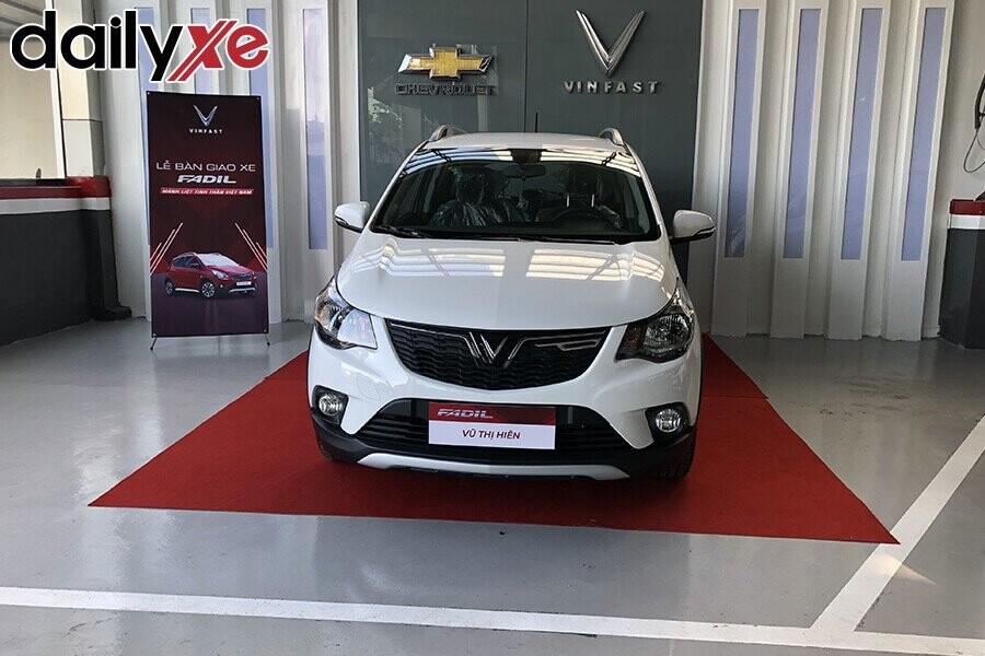 Khu vực trưng bày xe Chevrolet sang trọng và rộng lớn - Hình 1
