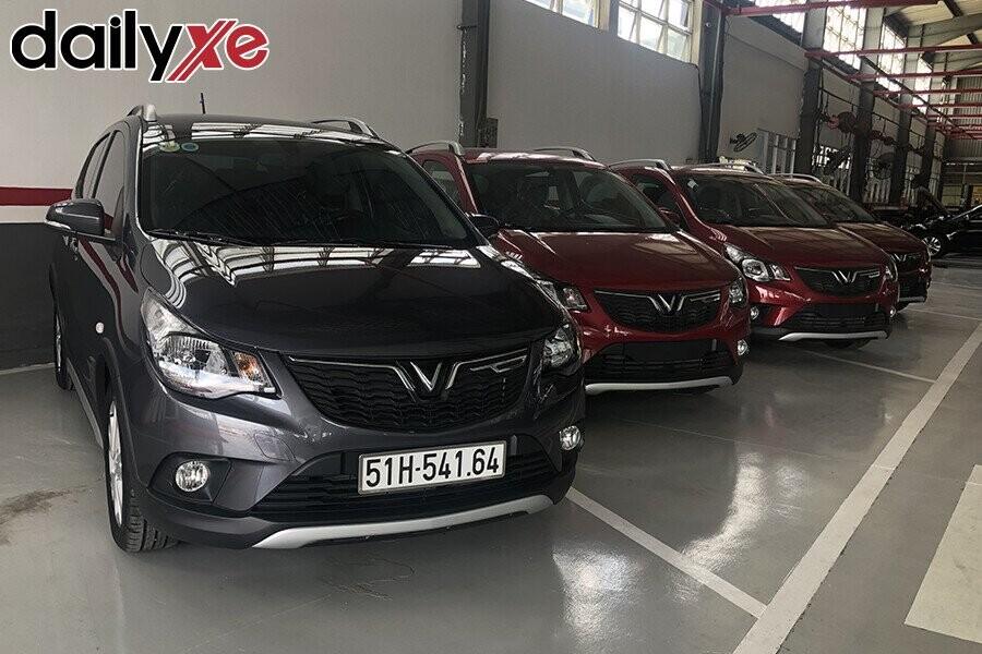 Khu vực trưng bày xe Chevrolet sang trọng và rộng lớn - Hình 2