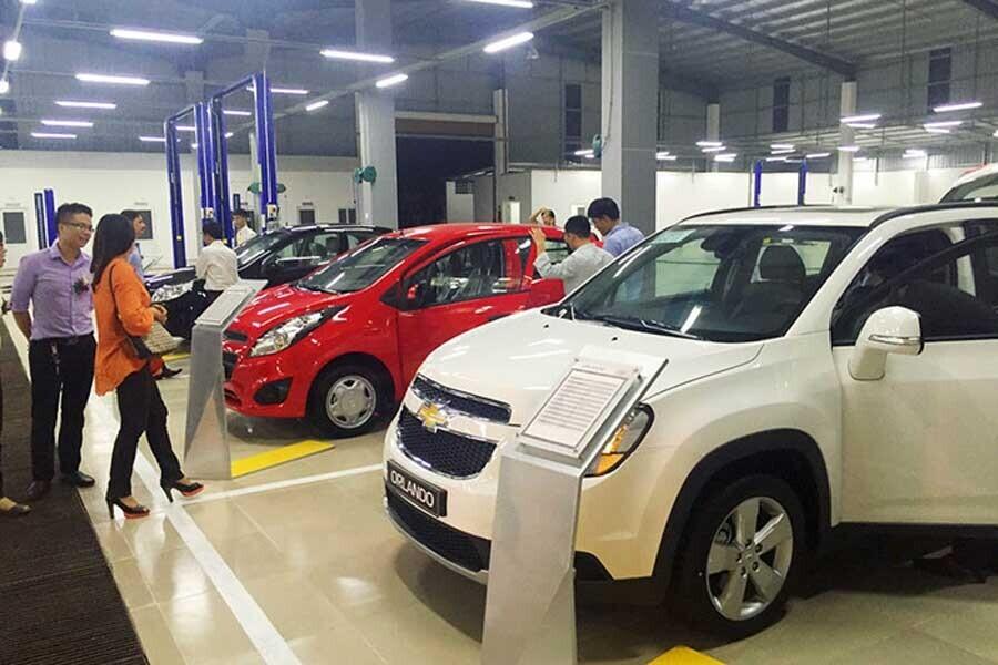 Khu vực trưng bày xe