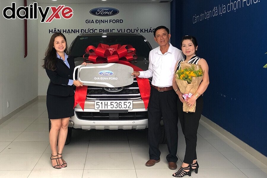 Lễ bàn gia xe cho khách hàng - Hình 5