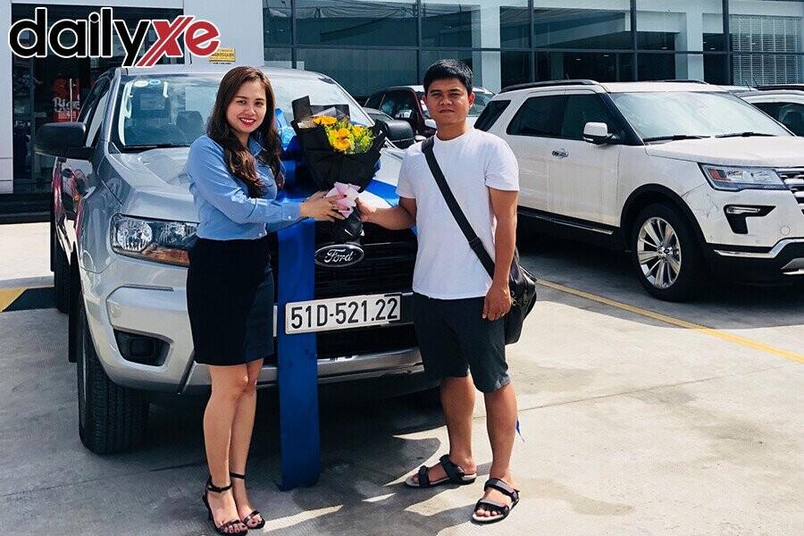 Lễ bàn gia xe cho khách hàng - Hình 3