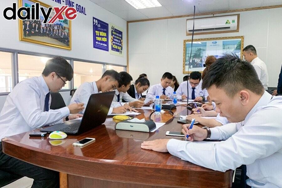 Hoạt động training nhân viên tại Ford Nha Trang
