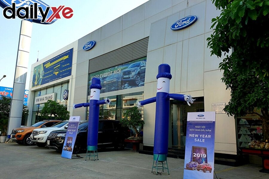 Showroom Ford Nha Trang