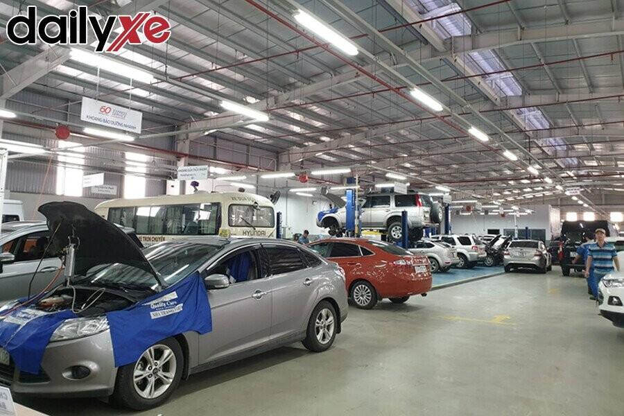 Khu vực sửa chữa Ford Nha Trang - Hình 2