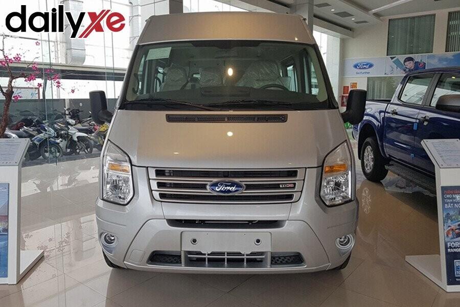 Ford Transit 2019 - Hình 2