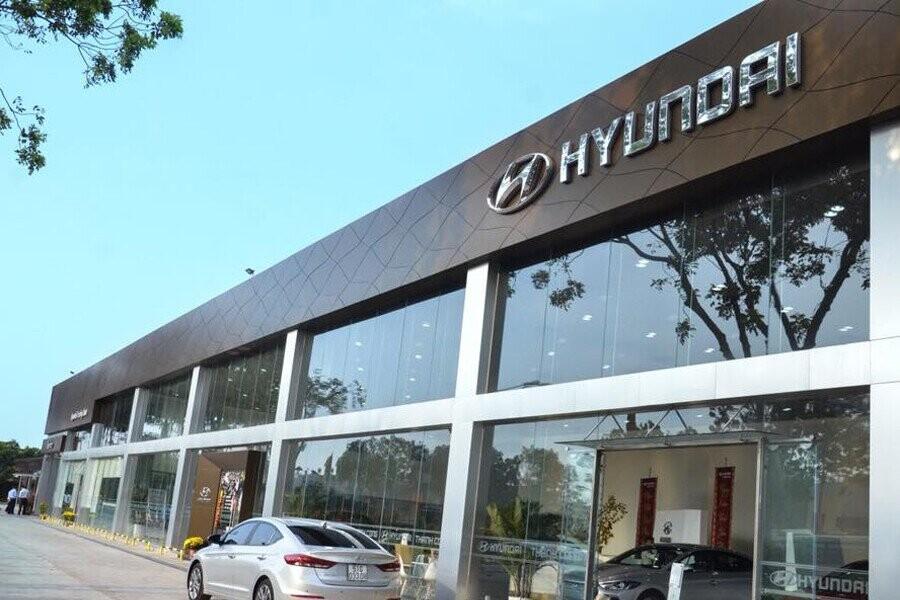 Đại Lý Hyundai Trường Chinh Quận 4 TPHCM - Hình 1