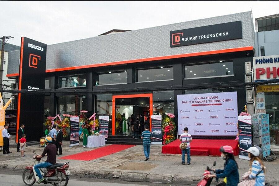 Mặt tiền Showroom Isuzu D-SQUARE Trường Chinh