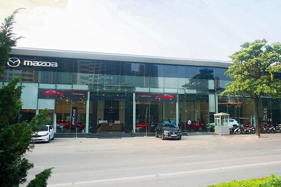 Showroom Mazda Lê Văn Lương