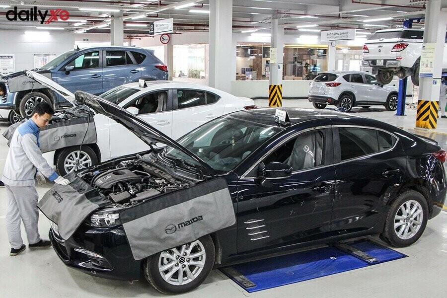 Khu vực sửa chữa tại Mazda Phạm Văn Đồng - Hình 3