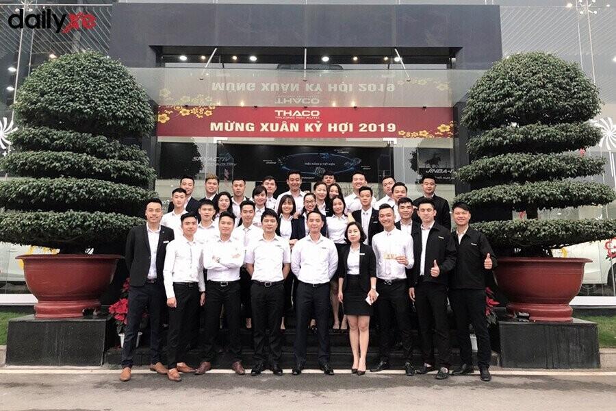 Đoàn thể nhân viên của Mazda Phạm Văn Đồng - Hình 1