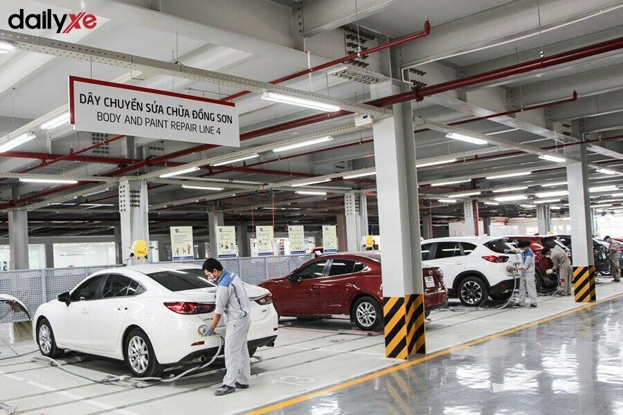 Khu vực sửa chữa tại Mazda Phạm Văn Đồng - Hình 2