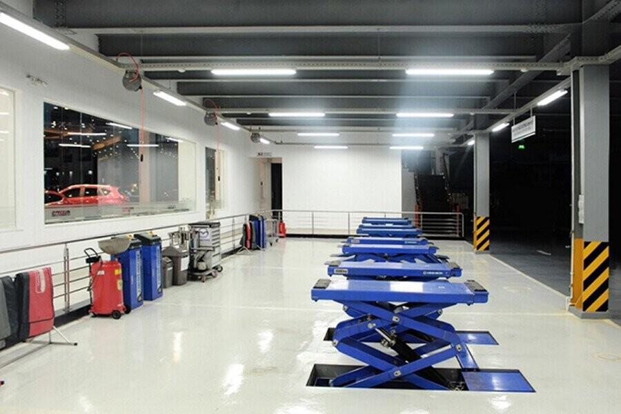 Xưởng dịch vụ có diện tích 1400 m2