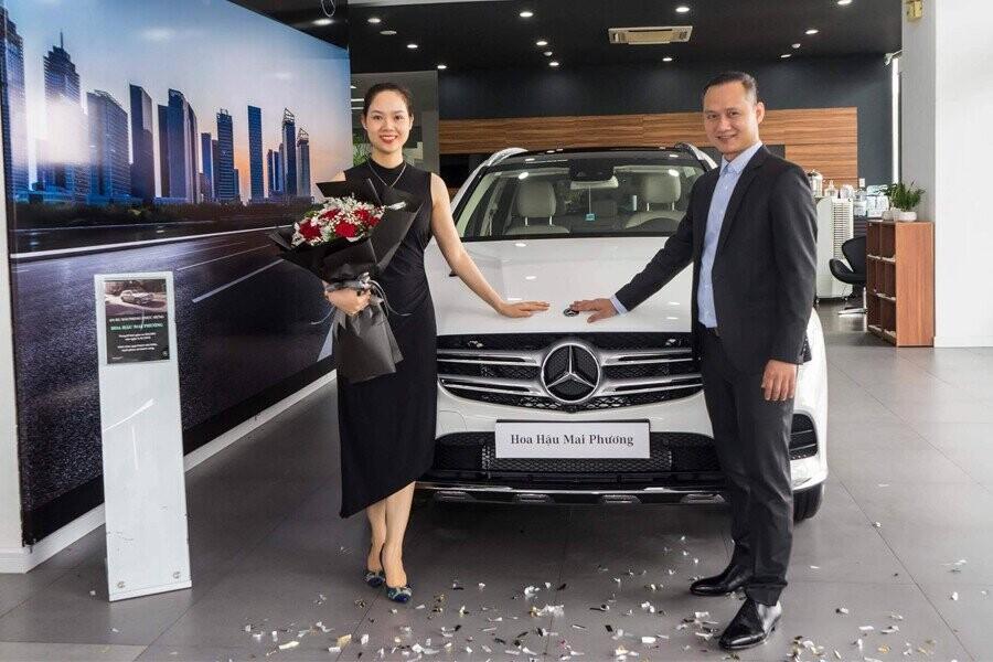 Lễ giao xe Mercedes cho Hoa Hậu Mai Phương