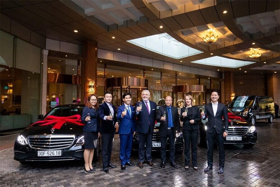 Giao lưu với Ban Giám Đốc Mercedes-Benz Việt Nam