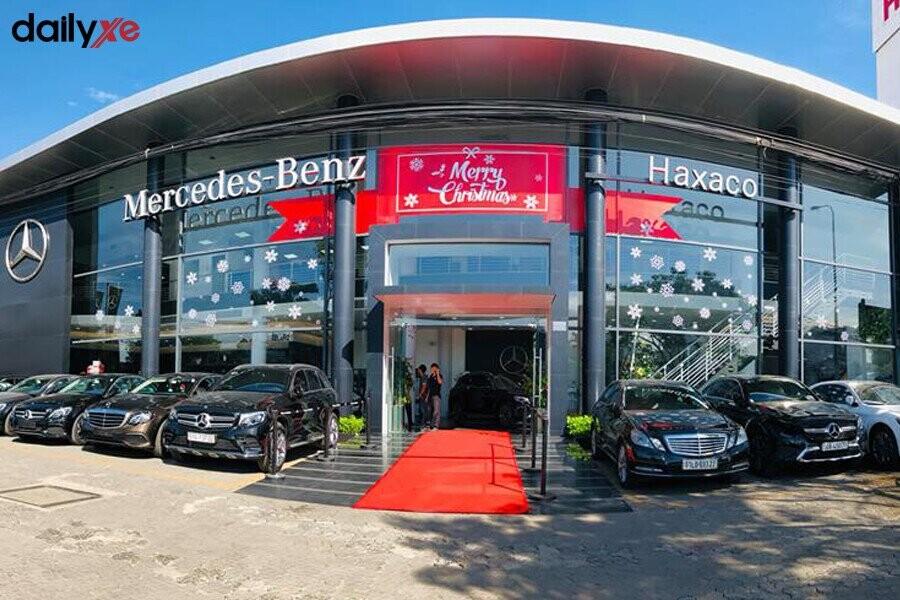 Mặt tiền Showroom Mercedes-Benz Haxaco Điện Biên Phủ