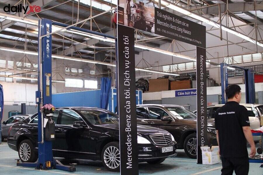 Khu vực bảo dưỡng tại Mercedes-Benz Haxaco Điện Biên Phủ - Hình 1