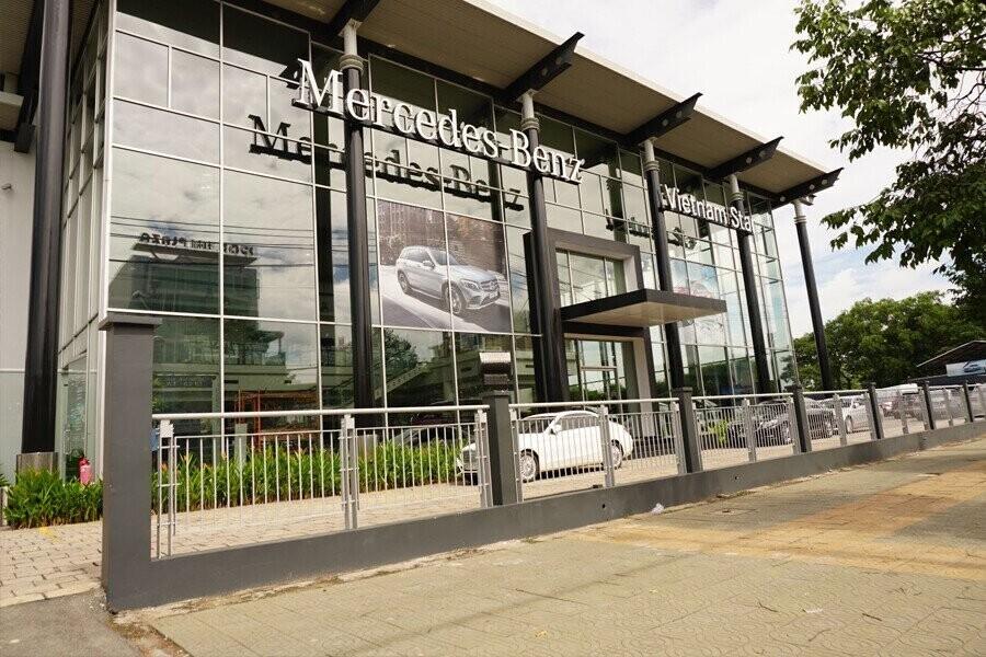 Mercedes-Benz VietNam Star Trường Chinh