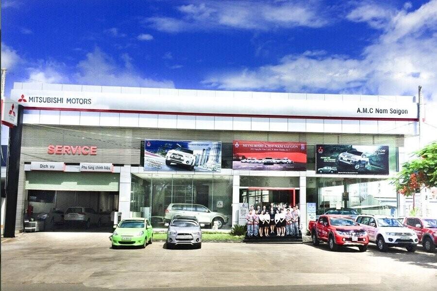 Mặt tiền Showroom Mitsubishi AMC