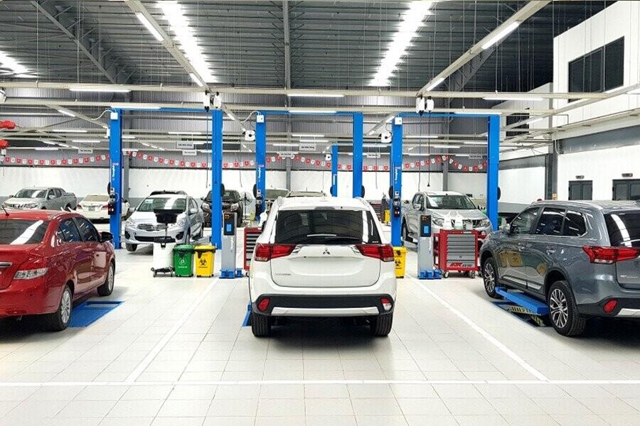 Khu vực bảo dưỡng và sửa chữa xe
