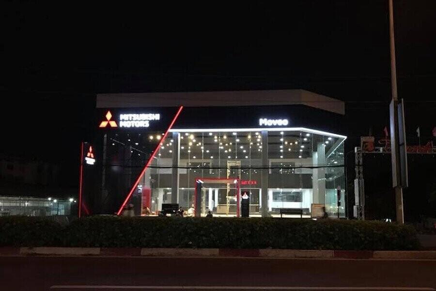 Mặt tiền Showroom Mitsubishi MOVEO Bình Dương
