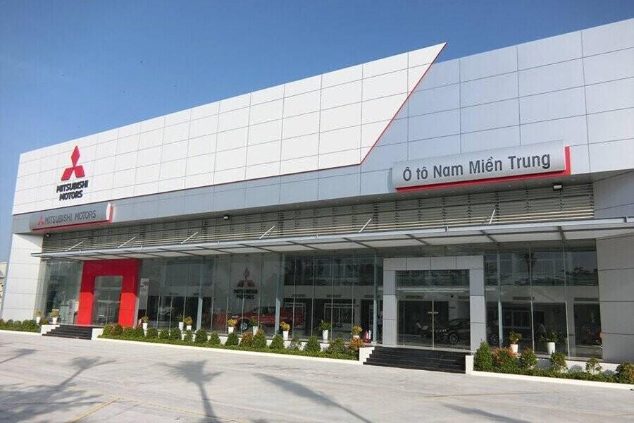 Mặt tiền Showroom Mitsubishi Nam Miền Trung