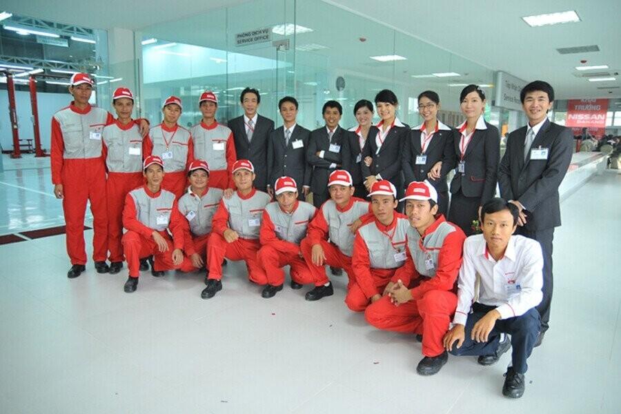 Đội ngũ nhân viên năng động nhiệt huyết