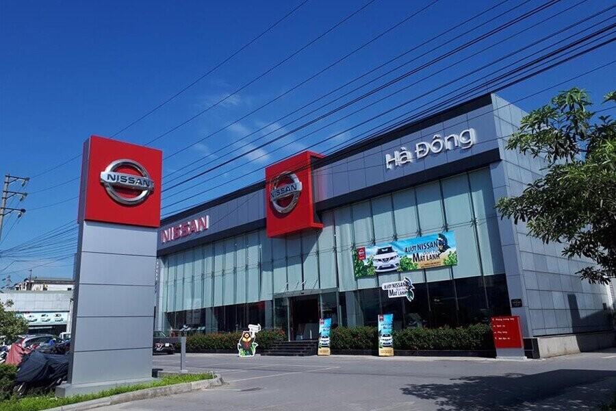 Mặt tiền Showroom Nissan Hà Đông