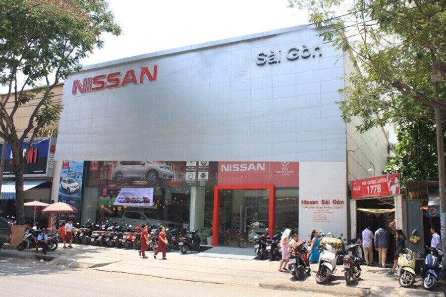 Mặt tiền Showroom Nissan Sài Gòn