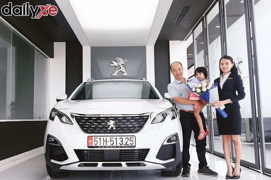 Lễ bàn giao xe Peugeot cho Khách hàng - Hình 1