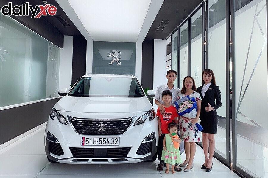 Lễ bàn giao xe Peugeot cho Khách hàng - Hình 2