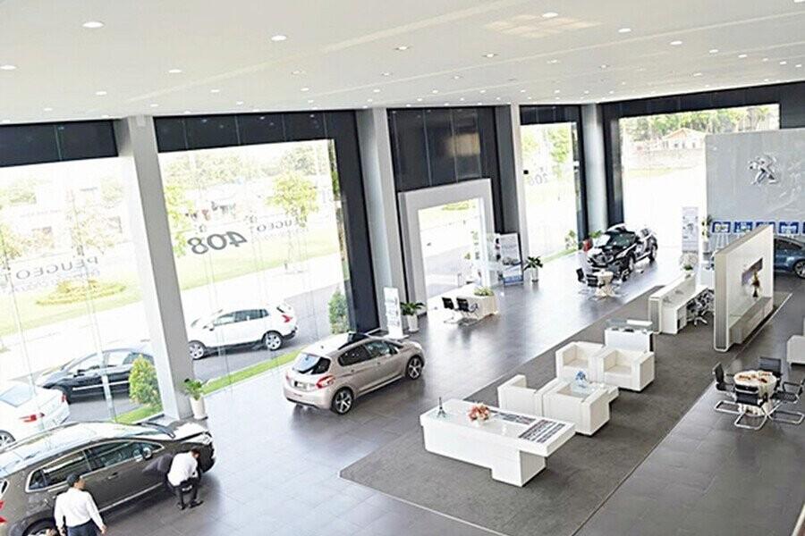 Khu vực trưng bày xe Peugeot