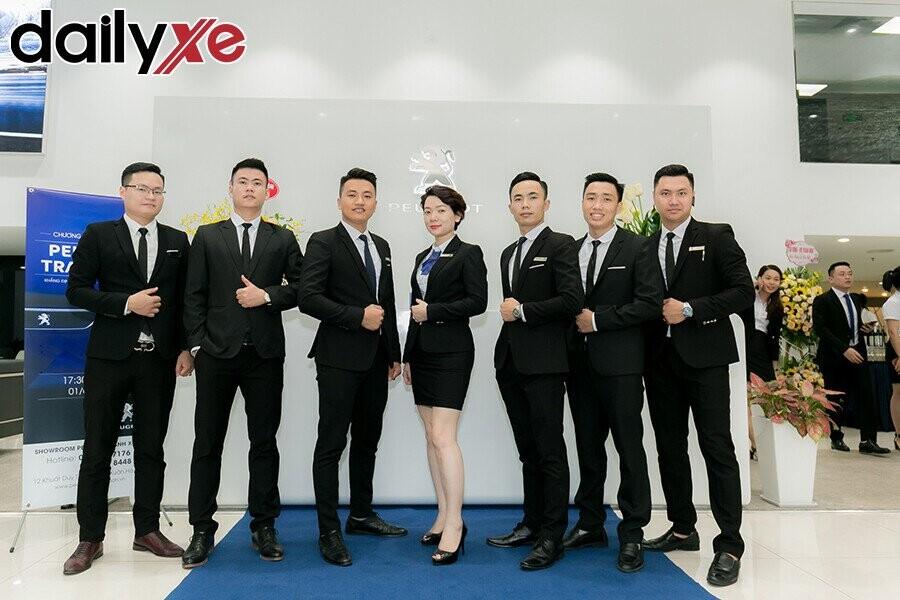Đội ngũ nhân viên Peugeot Thanh Xuân