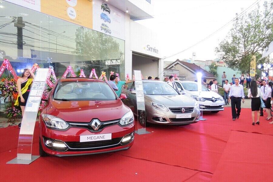 Các mẫu xe Renault tại buổi khai trương