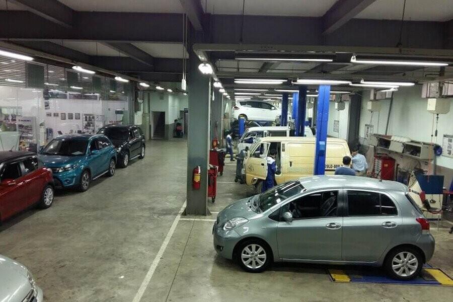 Khu vực sửa chữa, bảo trì xe