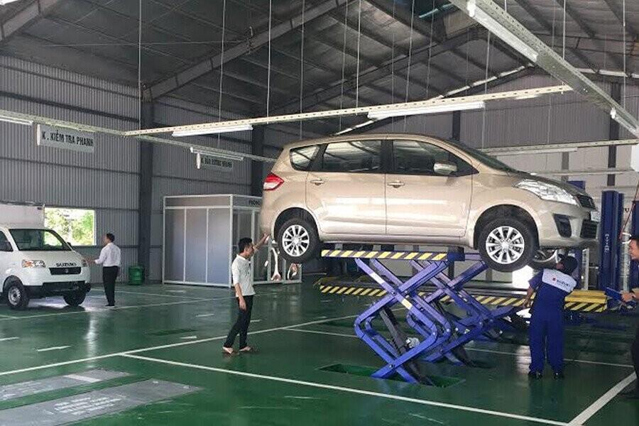 Khu vực sửa chữa bảo trì xe
