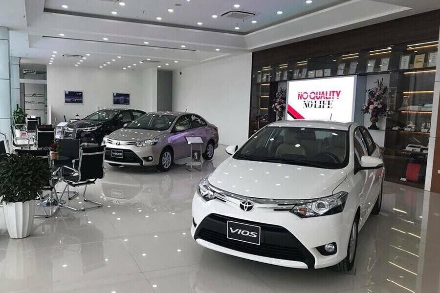 Khu vực trưng bày các mẫu xe