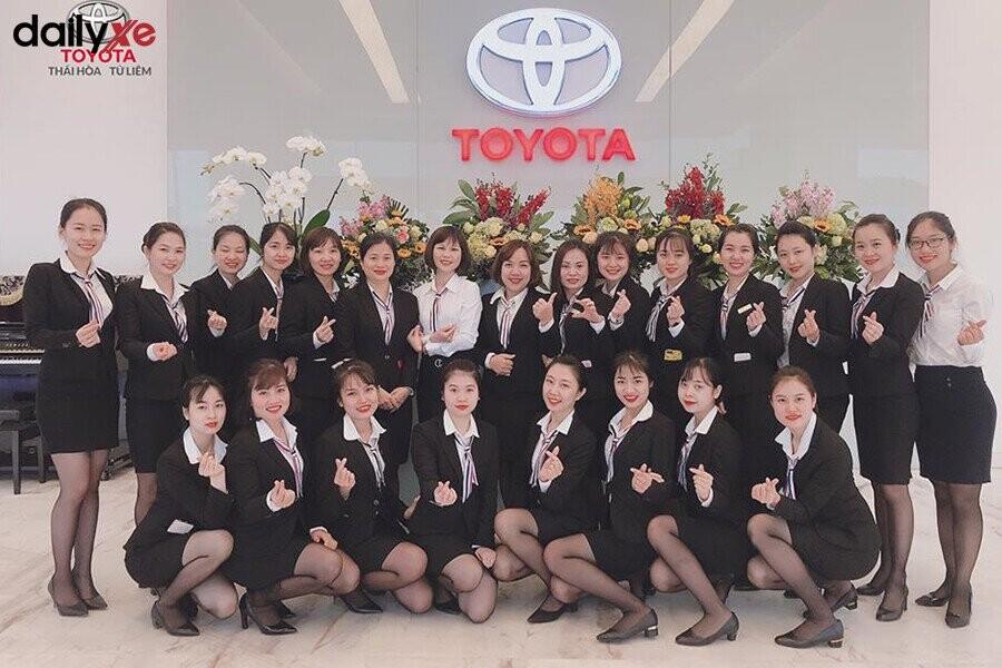 Đội ngũ nhân viên của Toyota Thái Hòa Từ Liêm